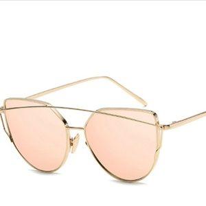 Accessories - Womens Sunglasses